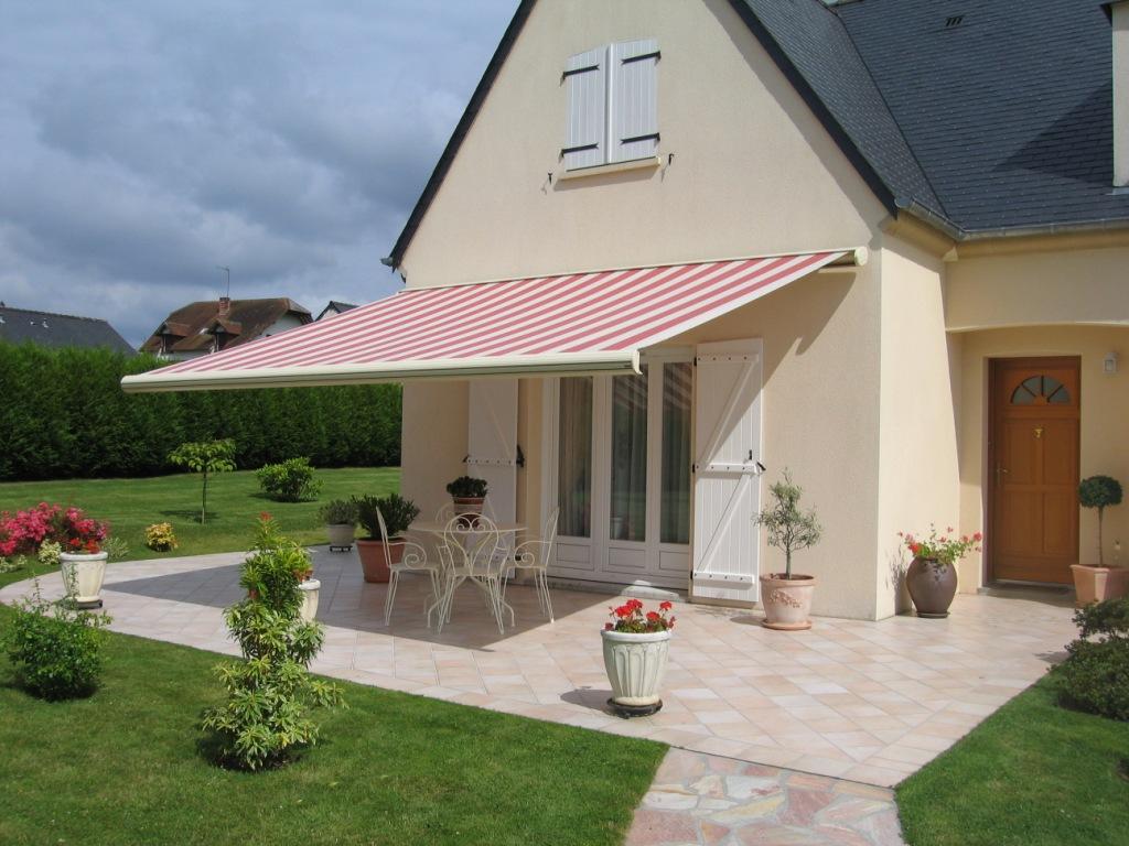 Stores-exterieures-Mayenne-Clôtures-et-Fermetures-d'Andaine